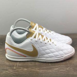NEW Nike Legend 7 Club 10R IC